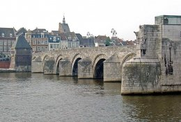 Maastricht by train
