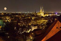 Zagreb per trein