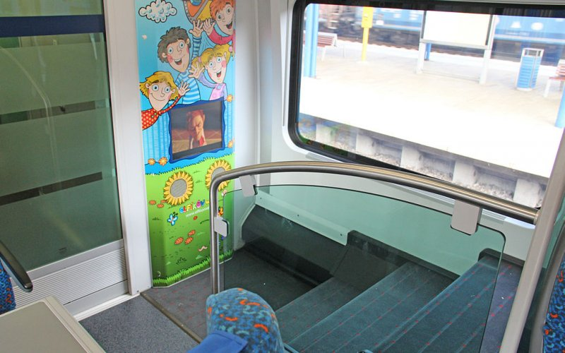Trains [from] to [to] - OBB / Austria - Railjet interior kids place