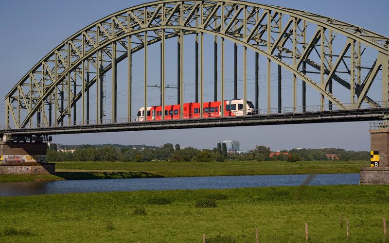 Trains Amsterdam C to Dijon - Abellio exterior