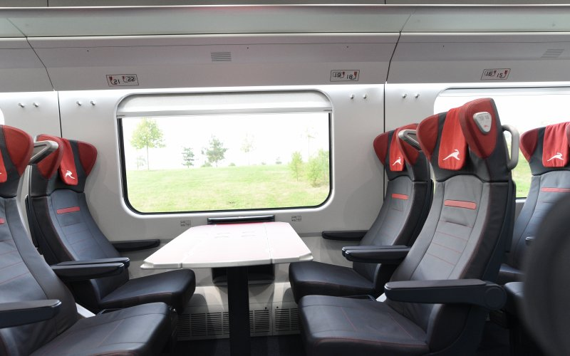 Trains Roma to Milano - Italo - Second class interior