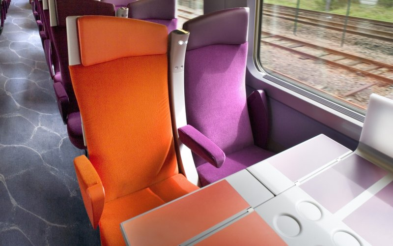 Trains Cagnes-sur-Mer to Antibes - SNCF / Trains in France - TGV interior second class with table
