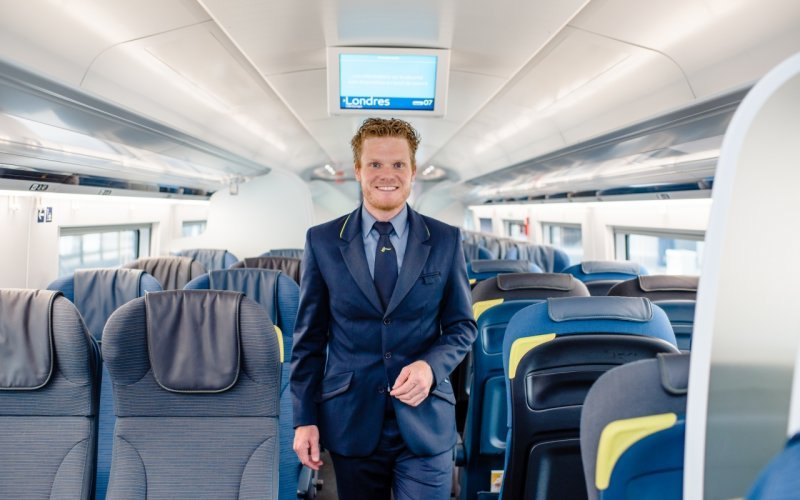 Trains Amsterdam C to London - Eurostar tickets inspector / service on-board