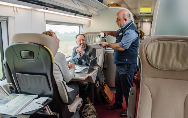 Trains Amsterdam C to London - Eurostar on-board service / drinks