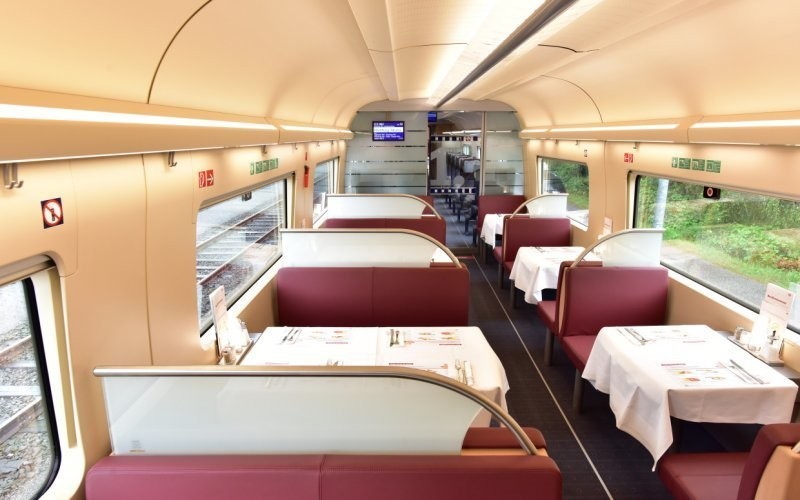 Trains [from] to [to] - Deutsche Bahn / Germany - ICE International restaurant / bar / bordbistro / food on-board