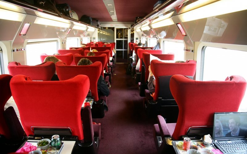 Trains Paris to Brussel-Midi/Zuid - Thalys first class interior