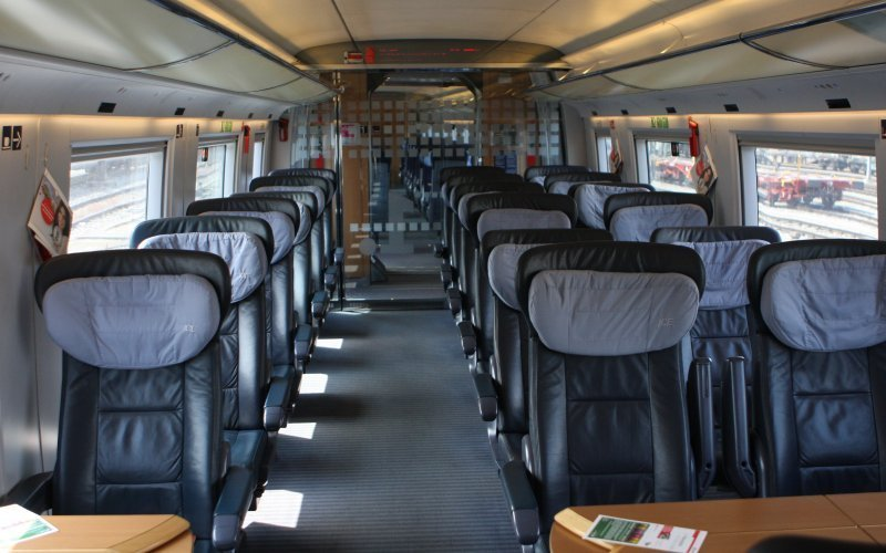 Trains Memmingen to Füssen - Deutsche Bahn / Germany - ICE International interior first class