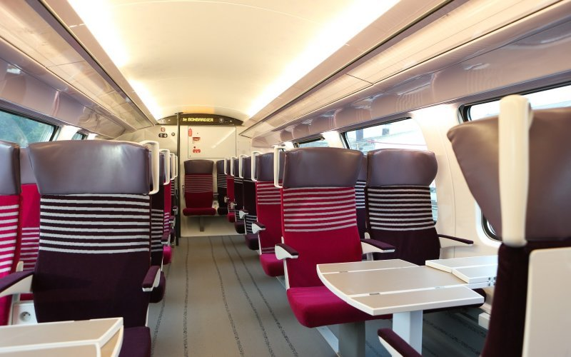 Trains Brussel Midi/Zuid (Main station) to Menton Garavan - SNCF - Intercity interior second class