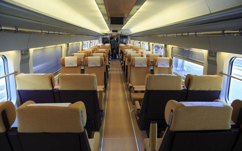 Trains Barcelona Sants (Main Station) to Girona - Renfe / Spain - Ave interior second class