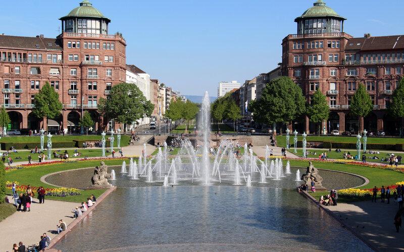 Trains to Mannheim - City view