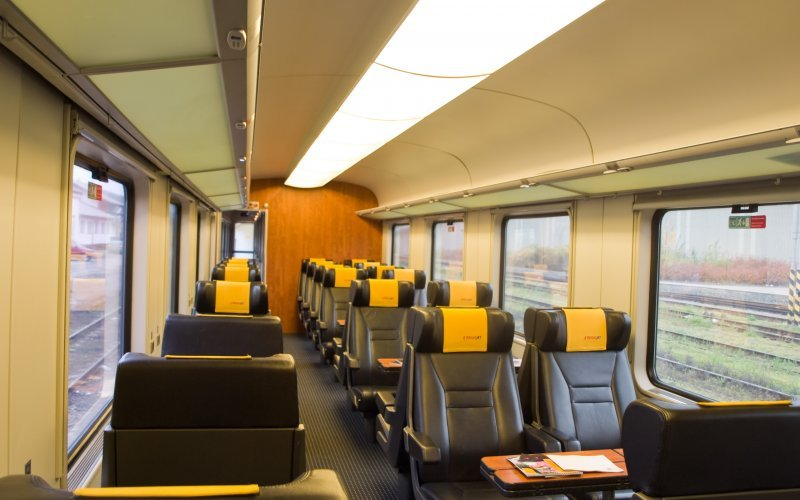 Trains [from] to [to] - Regiojet - Relax class / first class interior