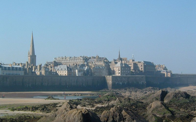 Trains to & from St Malo | Coast line