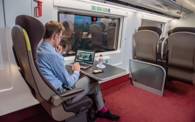 Trains Amsterdam to London - Eurostar 1st class / business