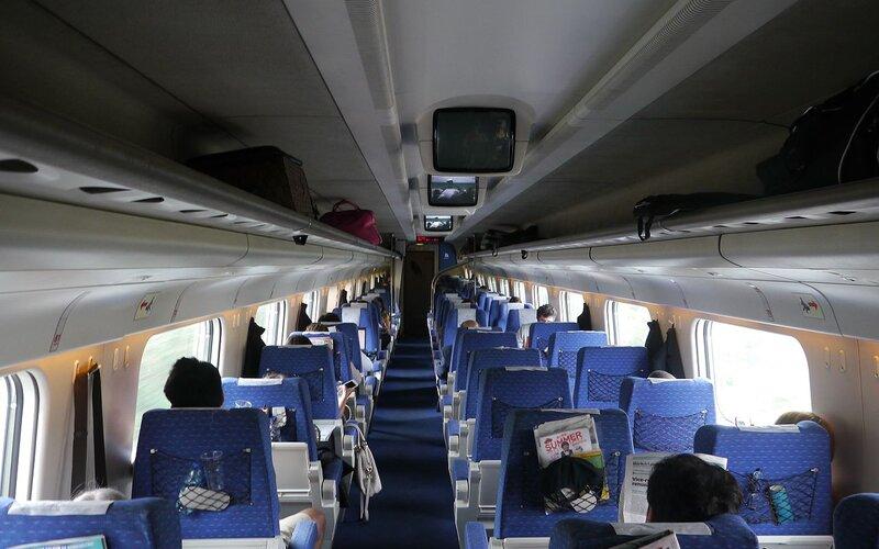 Alfa Pendular | Trains in Portugal | First class interior