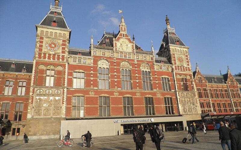 Treinpassen, treinkaartjes en treintickets - Trein naar Amsterdam