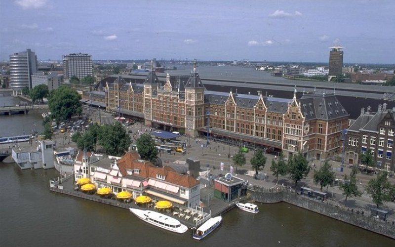 Cheap Train Tickets The Netherlands - Arrive at Amsterdam Central Station