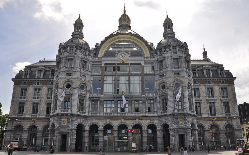 Travel around Antwerp by train - All train tickets and rail passes