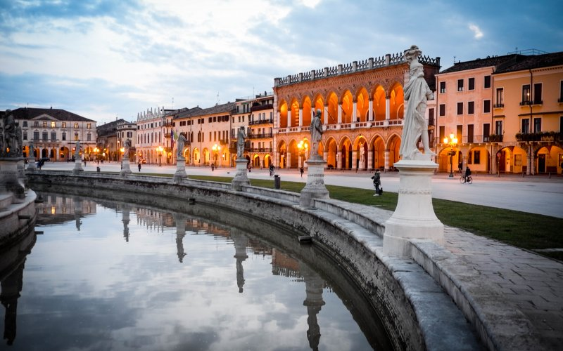 Trains to & from Padova | Architecture in Padova