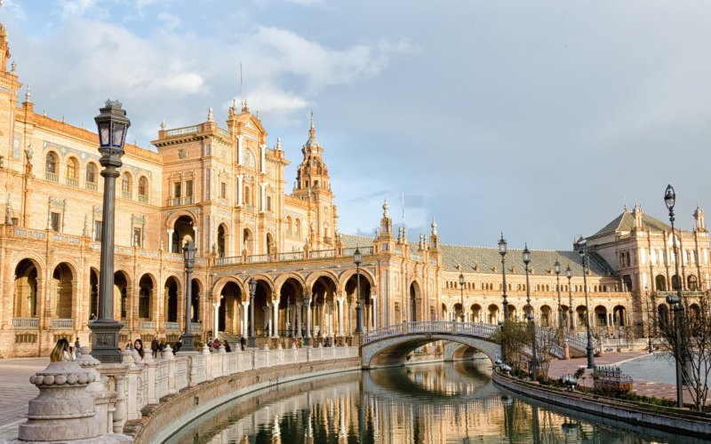 Trains to & from Seville | Seville local architecture
