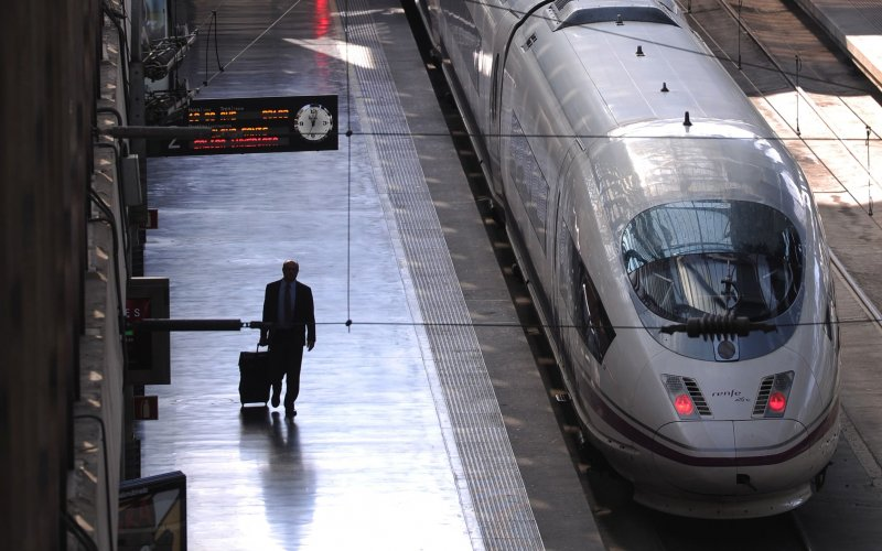 Train Reservations in Spain | All Reservations & Passes | AVE Ready for departure from the railway station