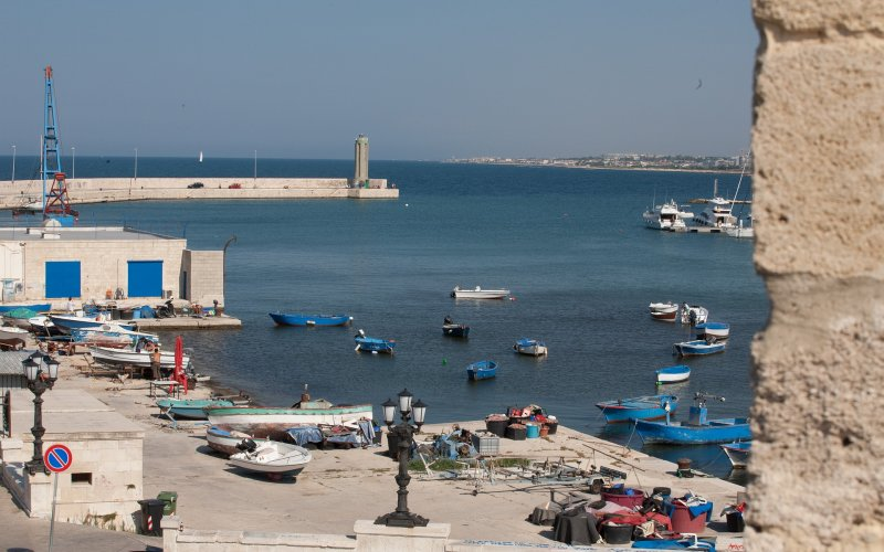 Trains to & from Bari | Bari harbour