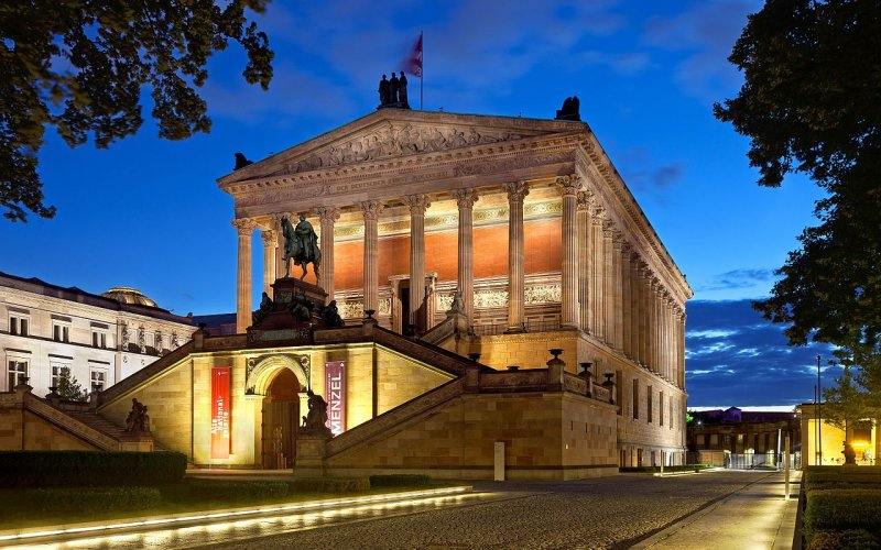 Trains to & from Berlin | Berlin National Art Gallery