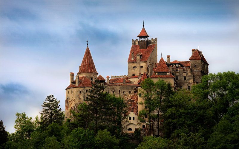 Trains to & from Brasov | Brasov castle