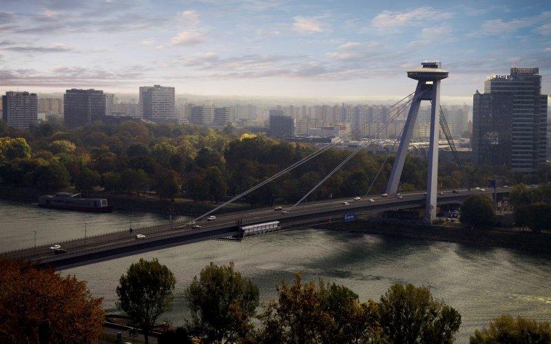Trains Bratislava to Prague | Bridge over river Danube