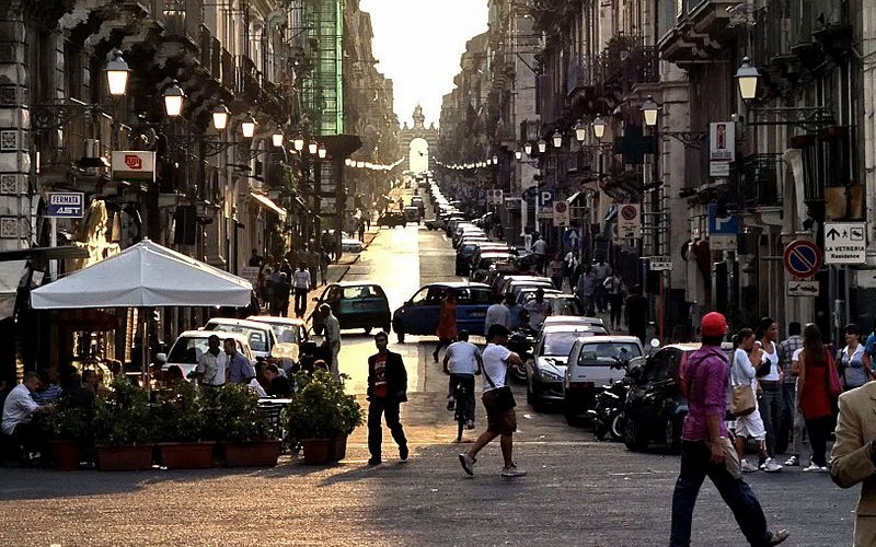 Travel around Catania by train - All train tickets and rail passes