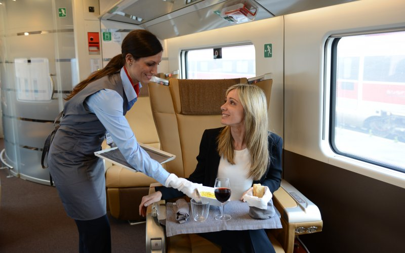 Trains Naples to Rome - Train Tickets Italy - Frecciarossa Executive Class