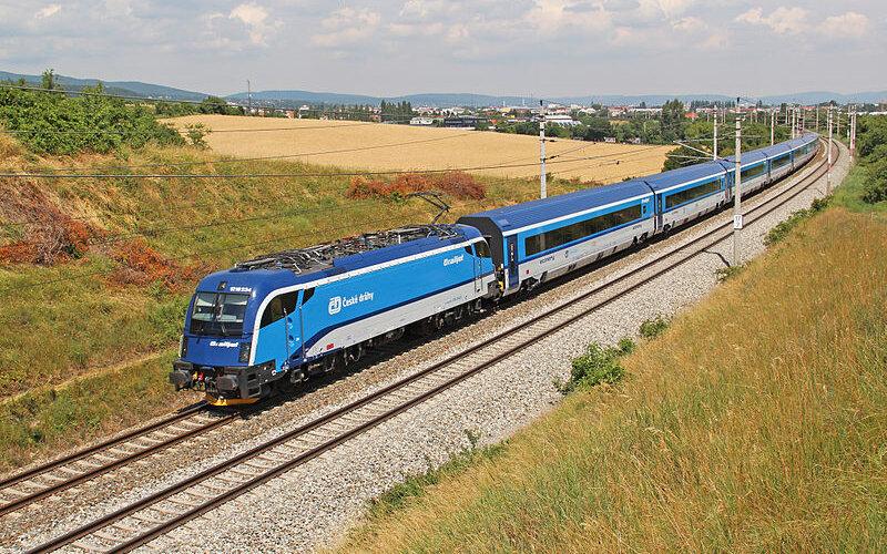 InterCity Czech Republic | Trains in Czech Republic | Train running as EuroCity