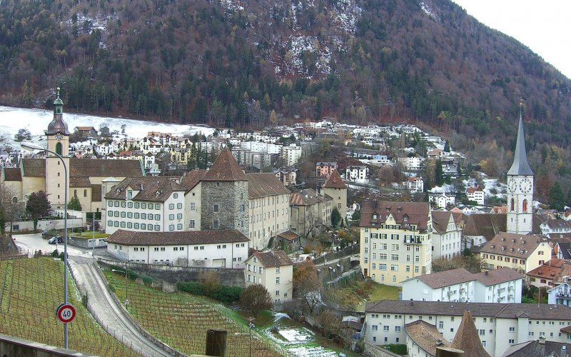 Trains to Chur | old city