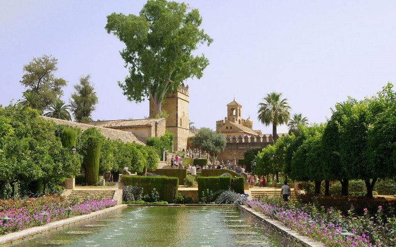 Trains to & from Cordoba | Beautiful parks and gardens in Cordoba