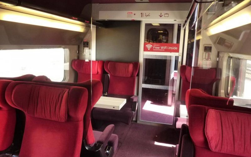 Trains to & from Brussels - Thalys interior, in both Comfort and Premium Class