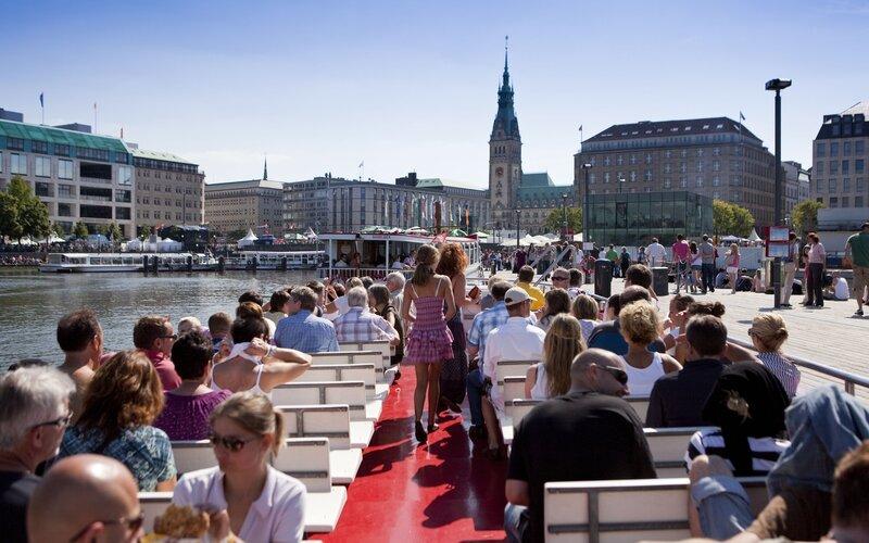 Trains to & from Hamburg | Hamburg springtime