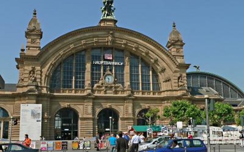 Trains to & from Frankfurt | Frankfurt am Main station