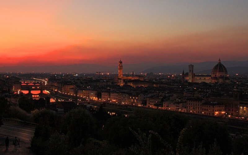 Trains to & from Florence | Sunset over Florence