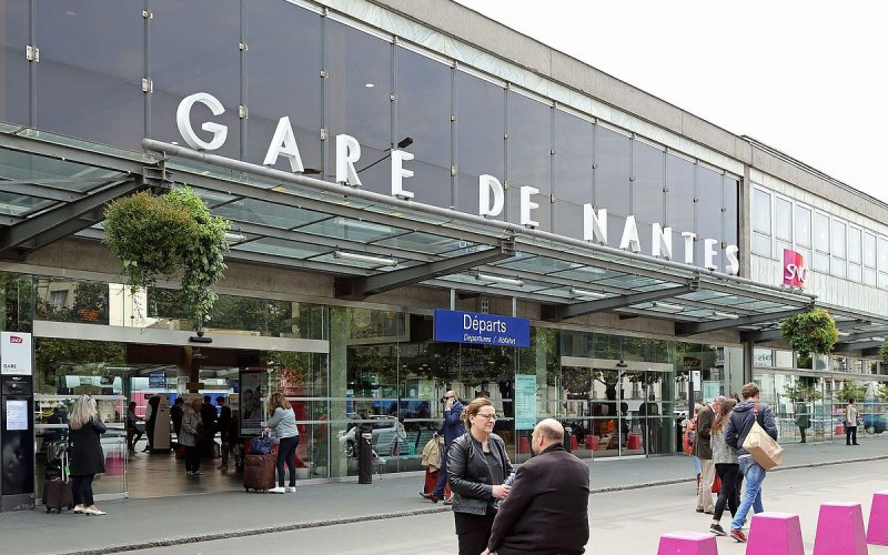 nantes gare sncf tickets train times left luggage happyrail. Black Bedroom Furniture Sets. Home Design Ideas