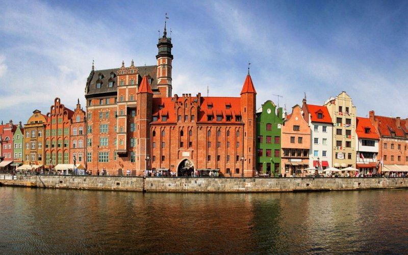 Visit Gdansk by train - All train tickets and rail passes