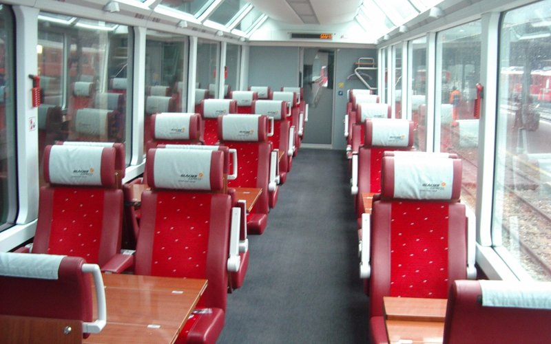 Glacier Express 1st class - Switzerland scenic routes - Train tickets and rail passes - Winter