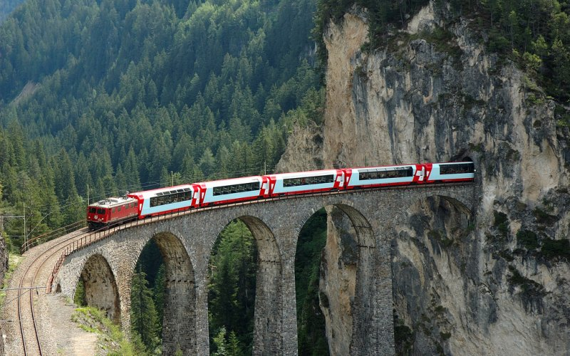 Travel by Glacier Express - Cheap Train Tickets Switzerland