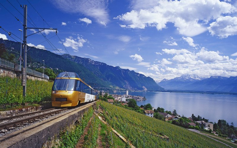 Trains in Switzerland - Travel on the Golden Pass Line train - All train tickets and rail passes