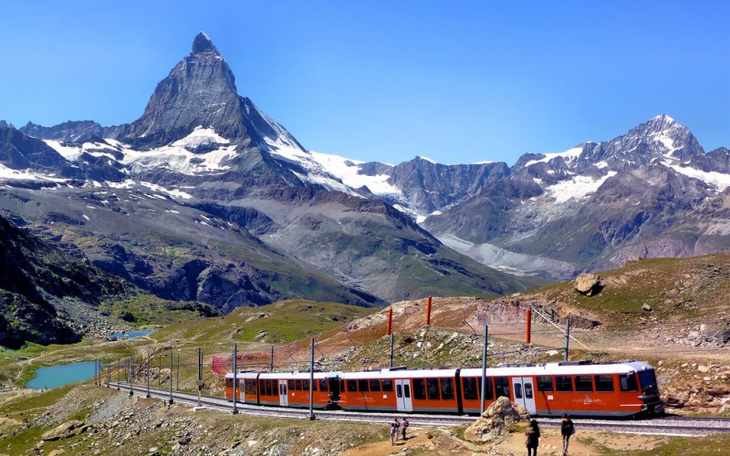 Swiss Travel Pass - Swiss train tickets for tourists to the Matterhorn