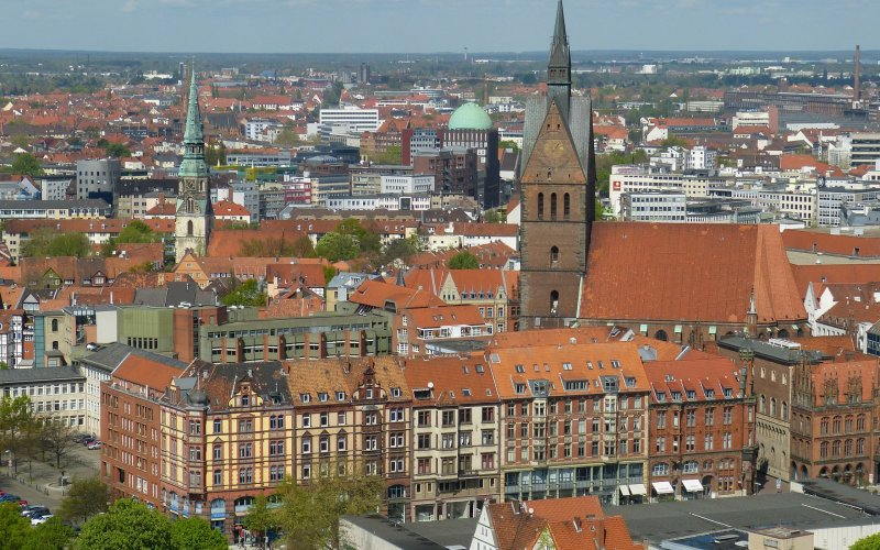 Trains to & from Hannover | View over the city