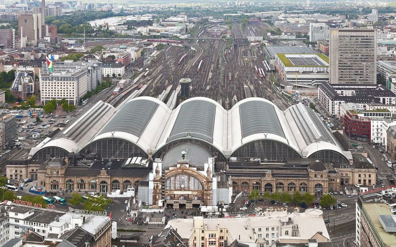 Frankfurt Hauptbahnhof Tickets Train Times Left Luggage Happyrail