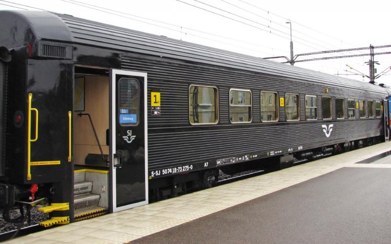InterCity Zweden | Treinen in Zweden | Trein in Zweden, klaar voor vertrek