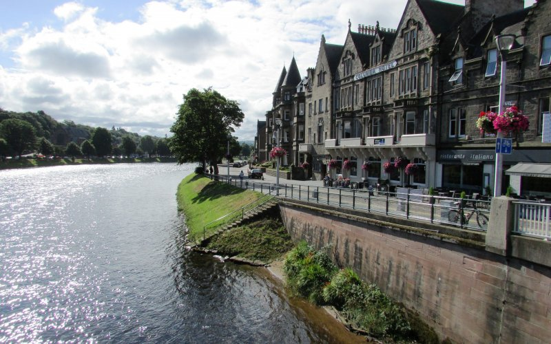 Trains to & from Inverness | River Ness