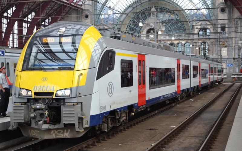 InterRegio Belgium | Trains in Belgium | Train ready for departure