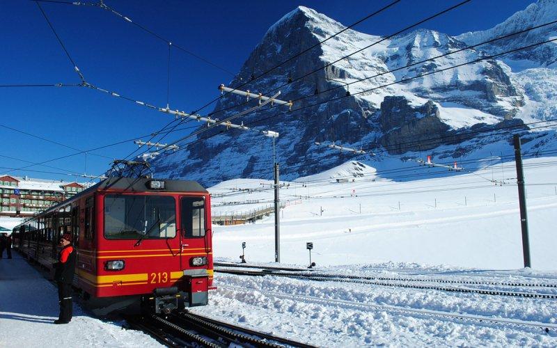 Travel on the Jungfraujoch - Cheap Train Tickets Switzerland
