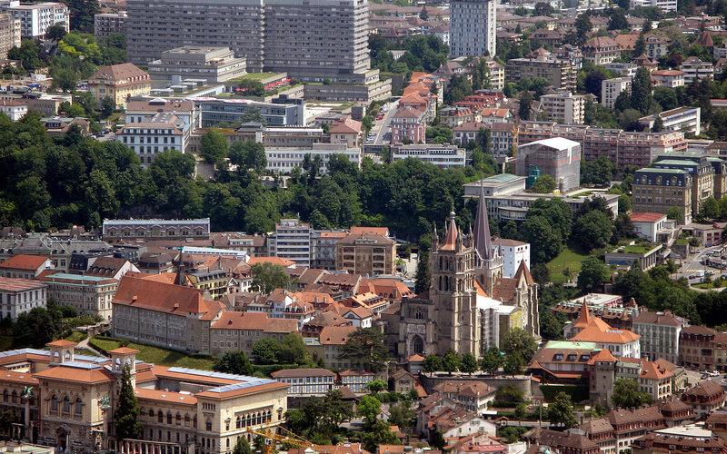Trains to Lausanne | city centre